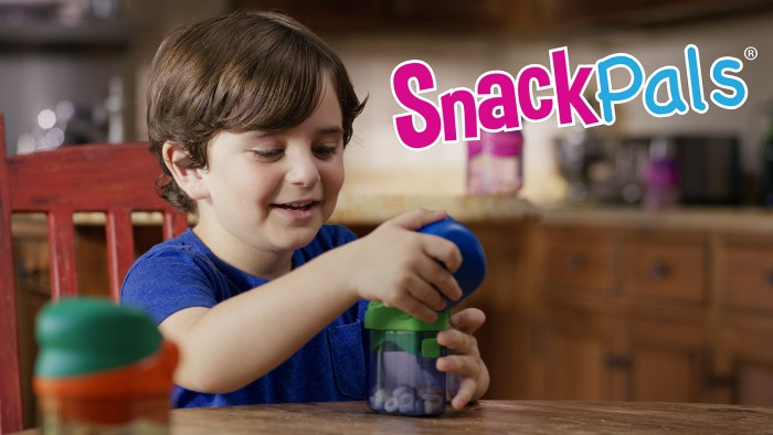 child actor in commercial for kids snack dispenser