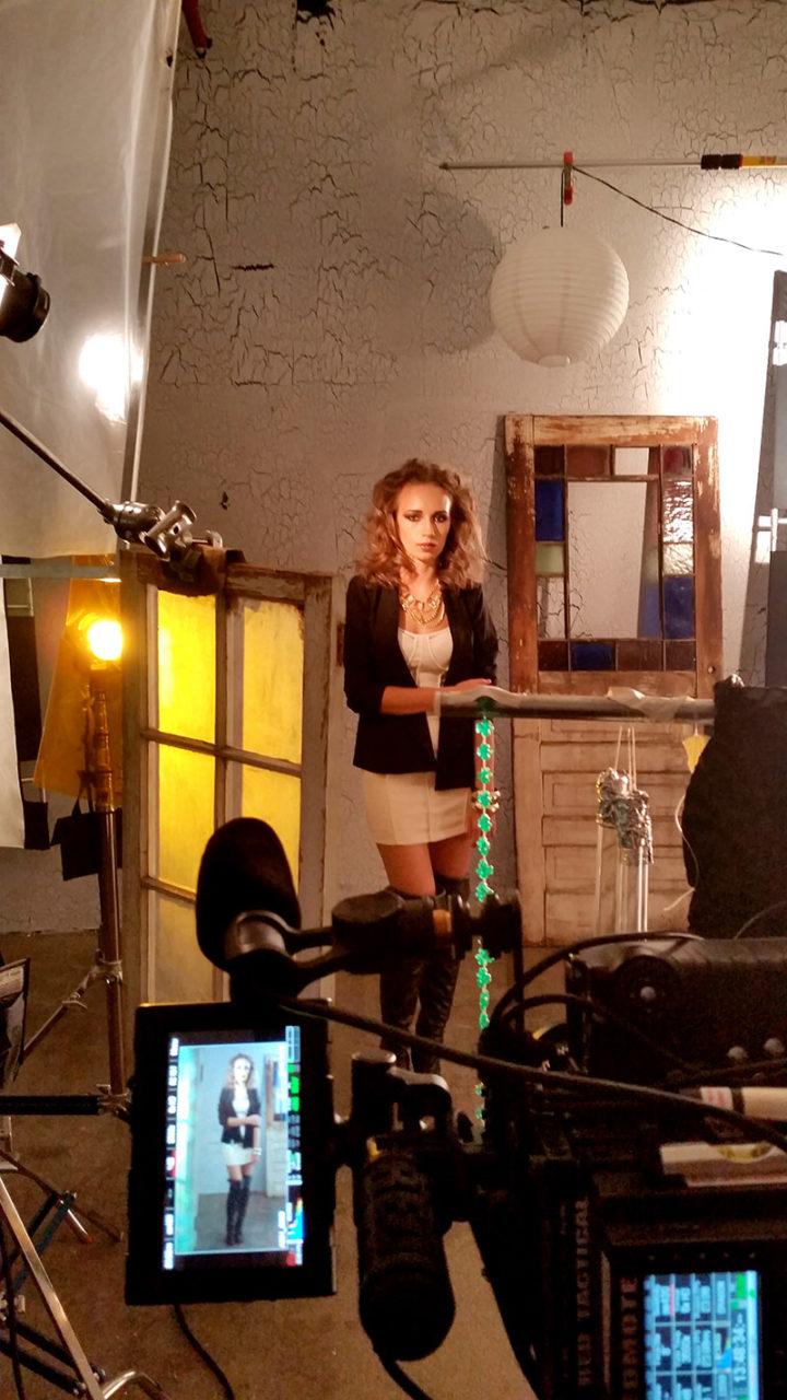 beautiful female model behind the scenes