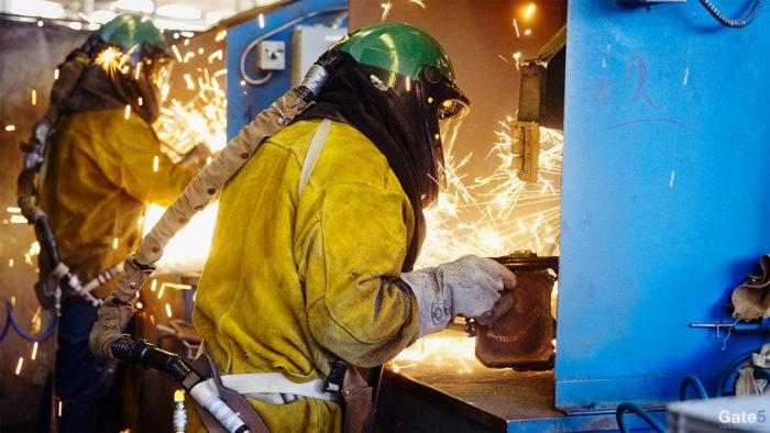 factory tour video of titanium casting manufacturing
