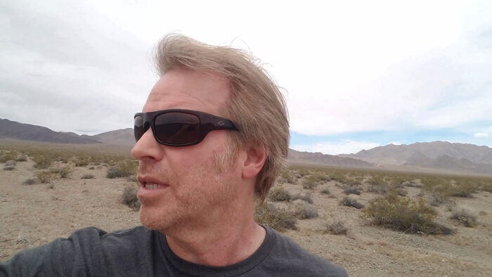 close up of a man is lost in the desert in the short horror film, Alone In the Desert